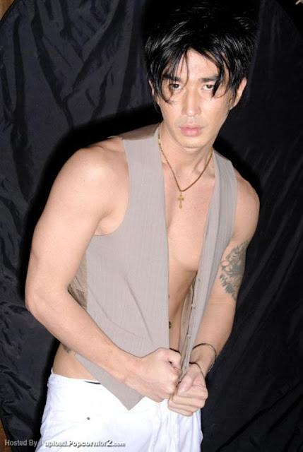 http://gayasiancollection.com/hot-asian-hunks-japanese-model/