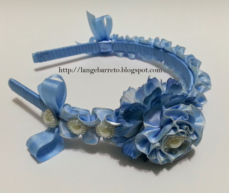 Tiara flor de fita