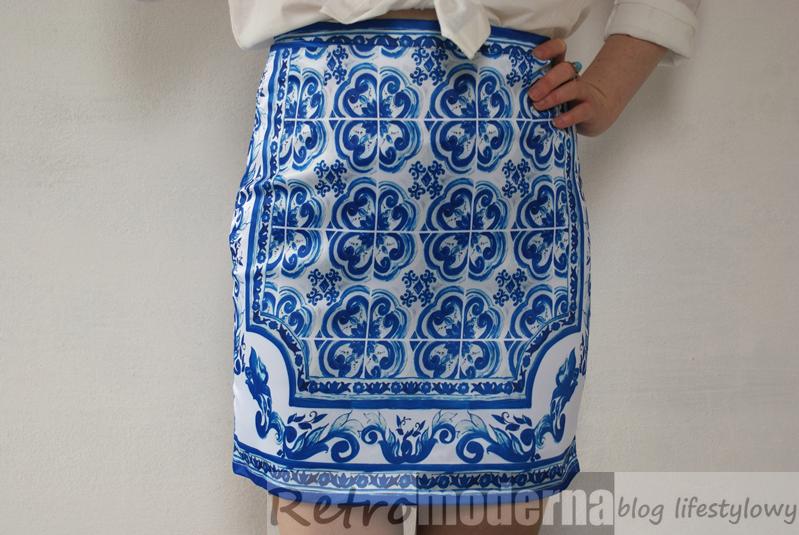 azulejo_bialo_niebieskie_plytki