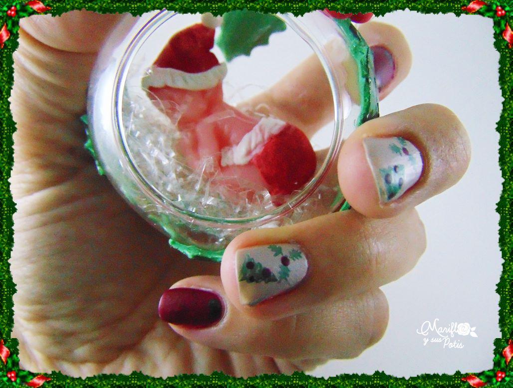 Mariflo y sus Potis: Nail art navideño para desearos Feliz Navidad!
