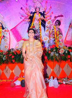 Kajol Devgan Spotted at Durga Puja Pendal