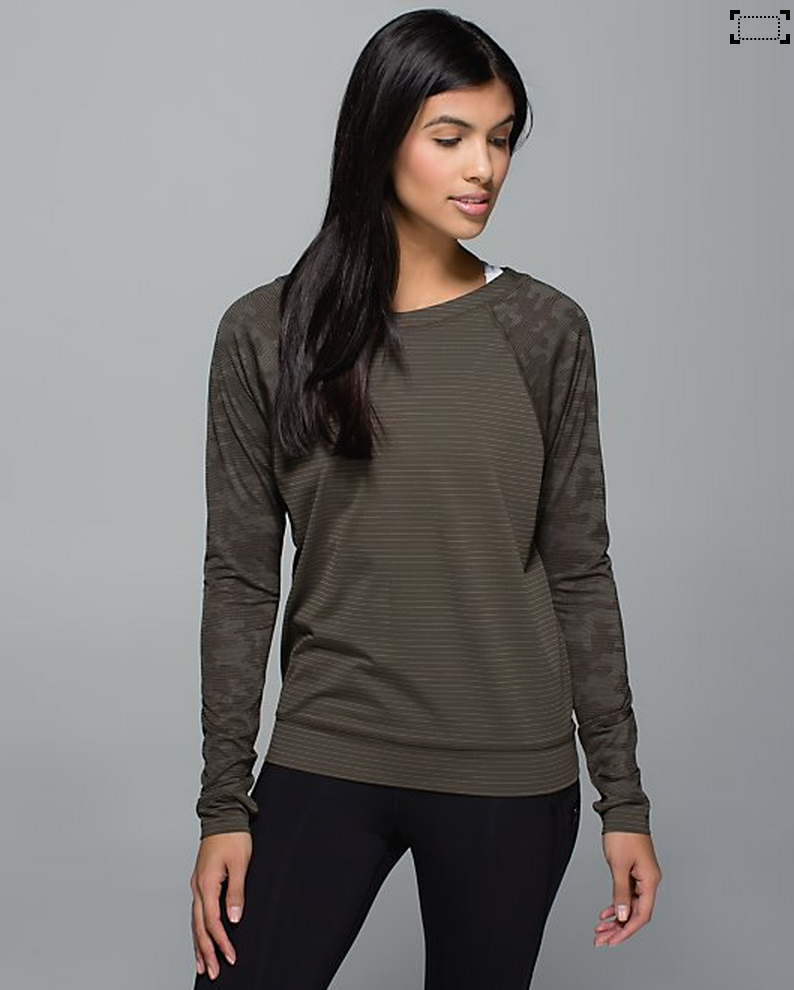 http://www.anrdoezrs.net/links/7680158/type/dlg/http://shop.lululemon.com/products/clothes-accessories/tops-long-sleeve/Run-For-Days-Long-Sleeve?cc=9358&skuId=3594600&catId=tops-long-sleeve