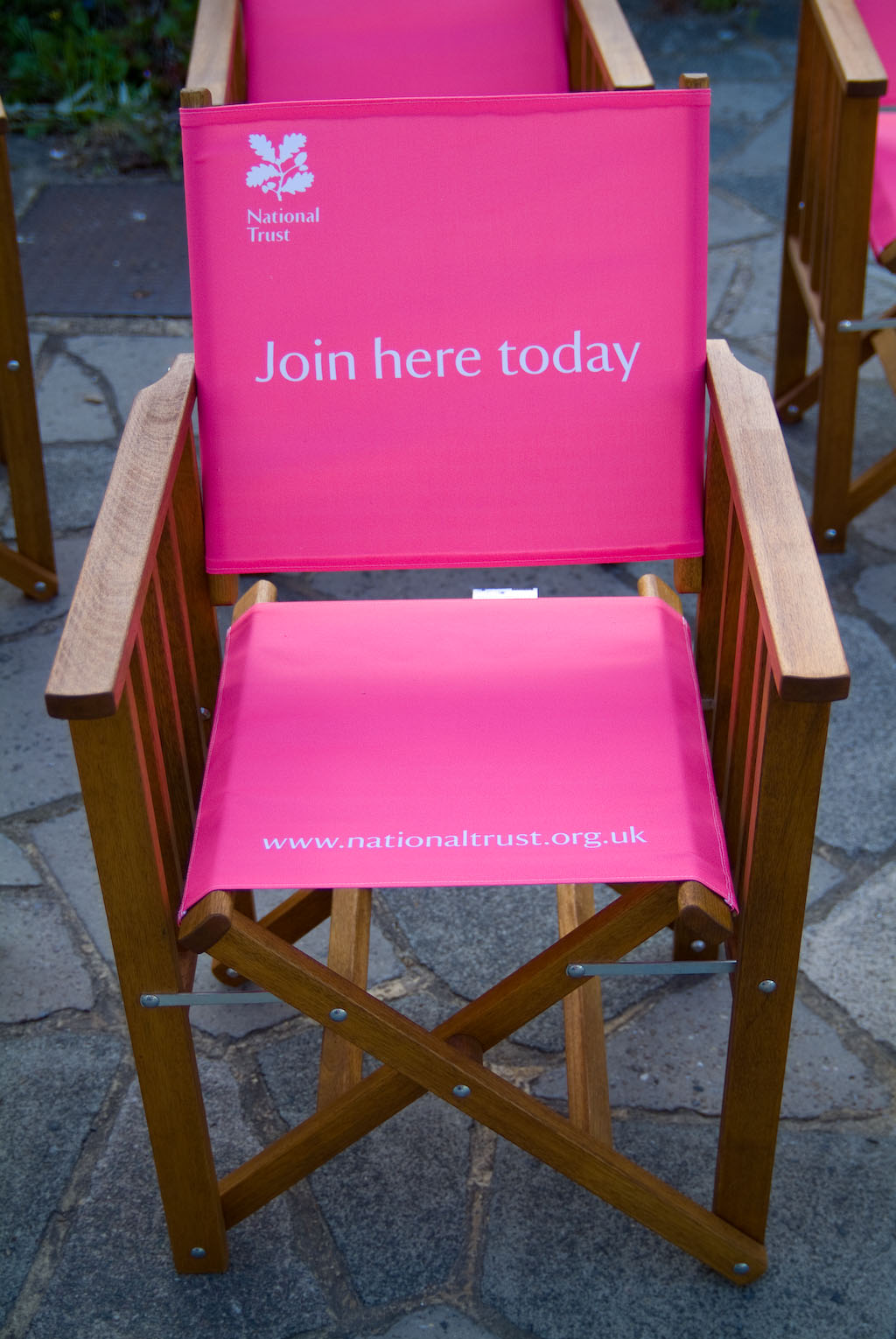 Delicieux High Quality, Portable, Canvas Covered Tennis Chair Featuring Your Own  Companies Logo Or Advert Branded Onto The Fabric. Made From Sustainable  Hard Wood, ...
