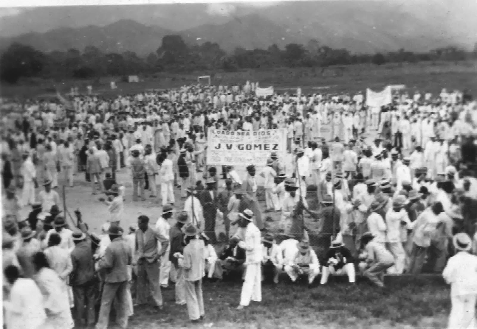 Manifestación a favor de Gómez en el terreno del  Aereopuerto de Maracay