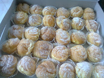 Cream puff with special filing...min ode 50 bj