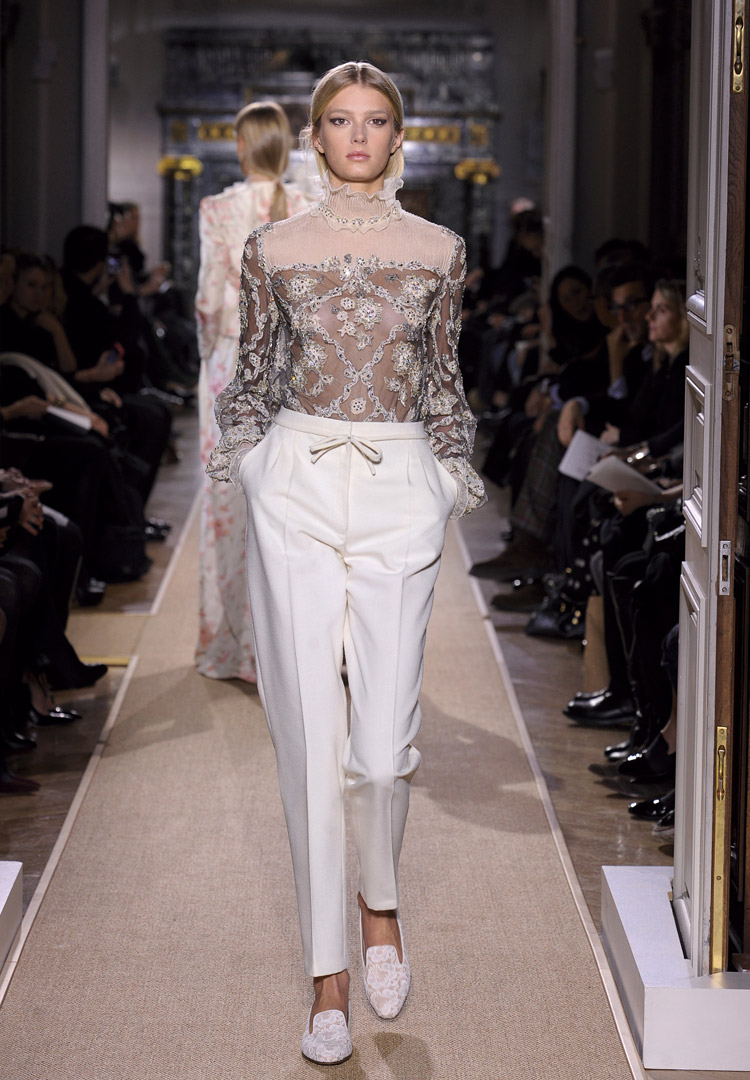 The arty farty news valentino haute couture spring summer for Summer haute couture