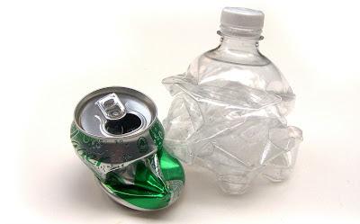 Eco-scrap: Botella de plástico y lata de bebida