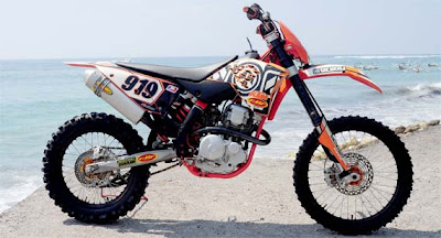 yamaha scorpio trail
