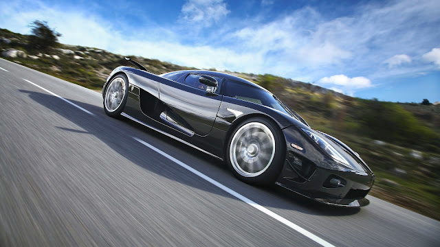 Koenigsegg CCX On Road HD Wallpaper