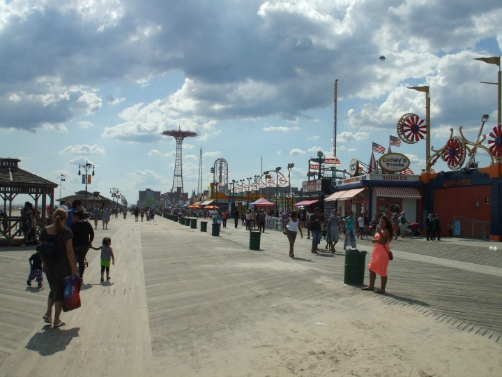 #JuicyFruitFunSide #CollectiveBias Coney Island Boardwalk