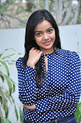 Nithya Shetty dazzling photo shoot-thumbnail-16