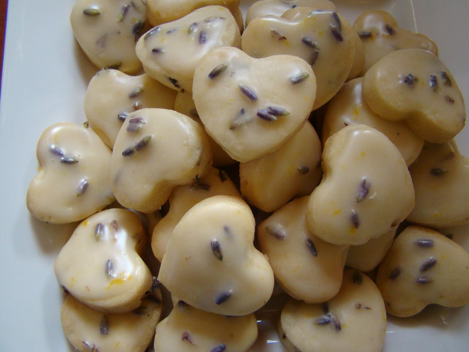 Alfajores and more!!!: Lemon-Lavender Shortbread Cookies