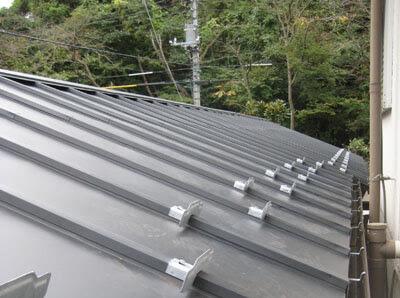 横浜市 港北区 雨樋設置交換 新規 屋根 雨樋 雪止め 設置工事 施工後