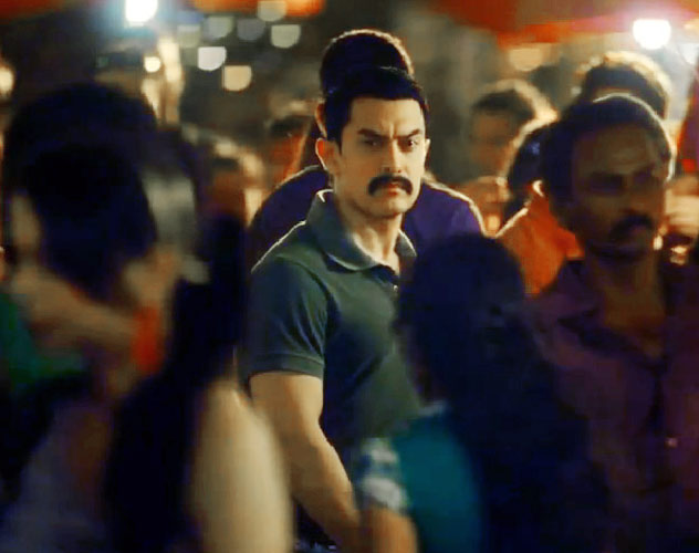 images of Aamir Khan In Talaash Hona Hai Kya Kareena Kapoor