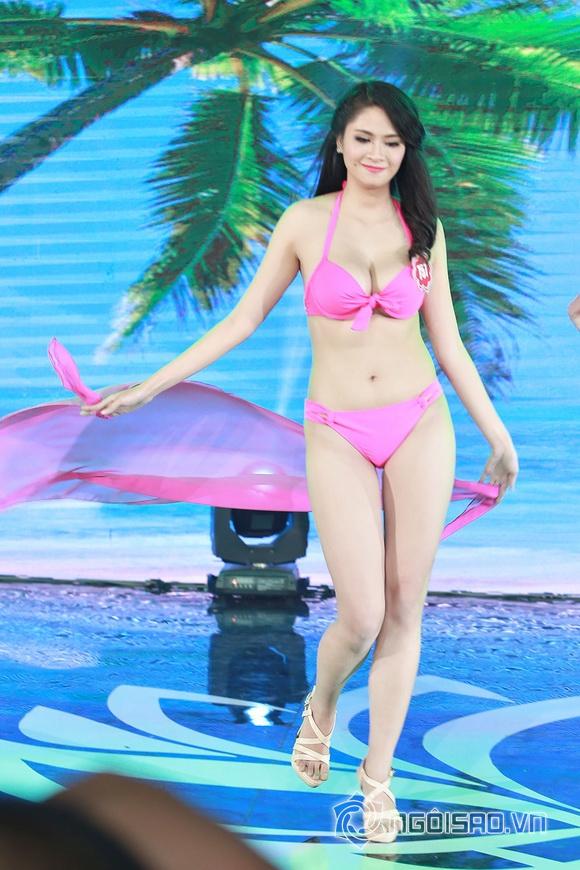 Ảnh gái xinh Hoa hậu miền bắc 2014 với bikini 18