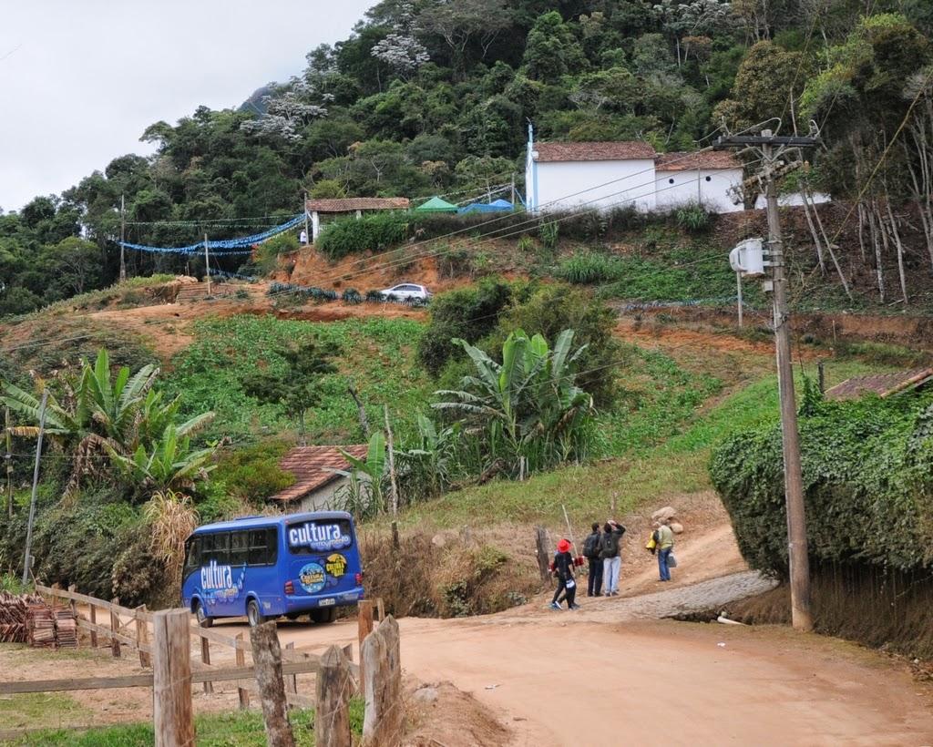 O Ônibus da Cultura levou os artistas até a comunidade de Santa Rita