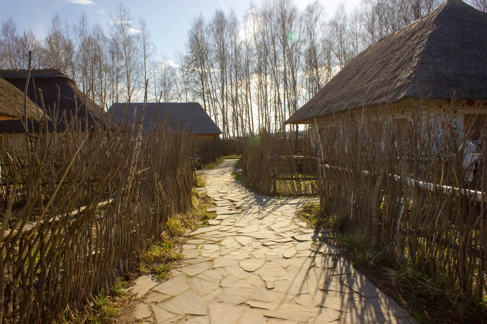 Калуга, Калужская область, Этномир, Дорога в деревню