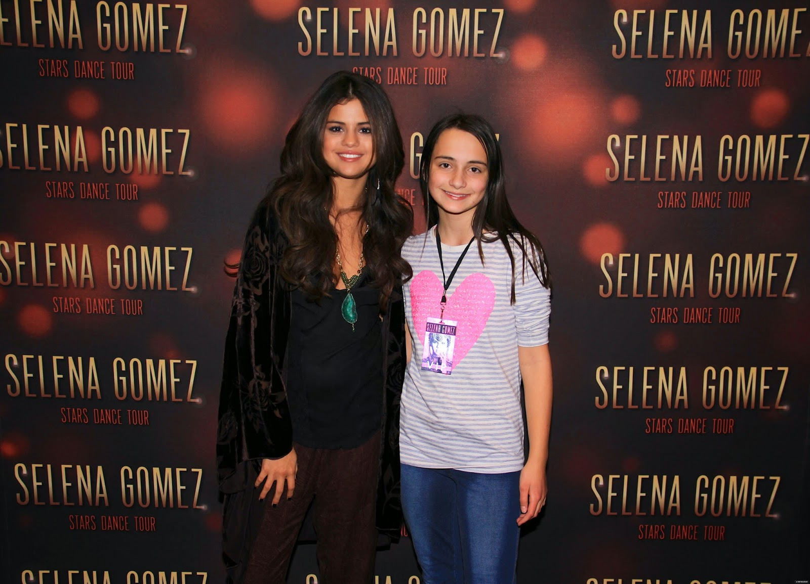 selena gomez tour 2013 meet and greet tickets