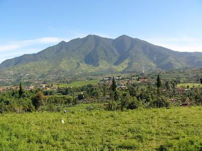 Tempat Wisata Gunung Burangrang yang Memiliki Panorama yang Dahsyat