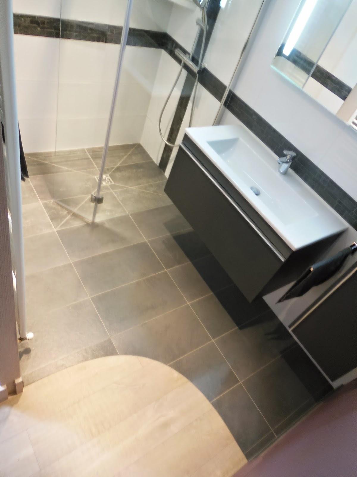 #856A46 CREATION DE SALLES DE BAINS DOUCHE A L' ITALIENNE ET  2743 petite salle de bain haut de gamme 1200x1600 px @ aertt.com