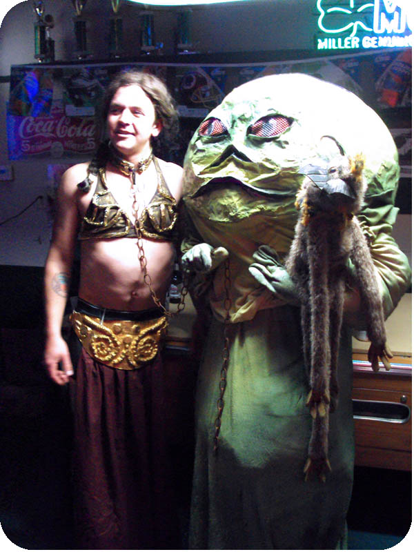 I HEART EVERYTHING: Halloween Highlights! Jabba The Hutt Costume For Dogs