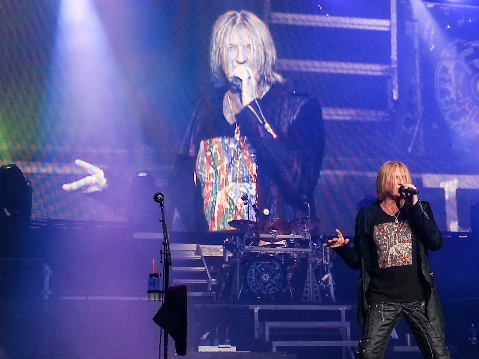 Angie in to viva def leppard robs accepted my mad crush on joe elliot kristyandbryce Choice Image