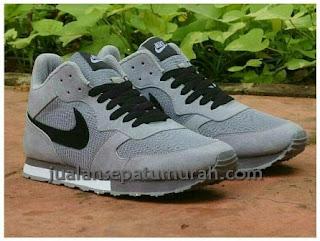 Sepatu Nike Pegasus High Sepatu Gaya Dengan Kualitas Paling Bagus Model Terbaru Di Online Indonesia Yang Jual Hanya Kami Di Sini Warna Tersedia Dengan Yang Sangat Menarik