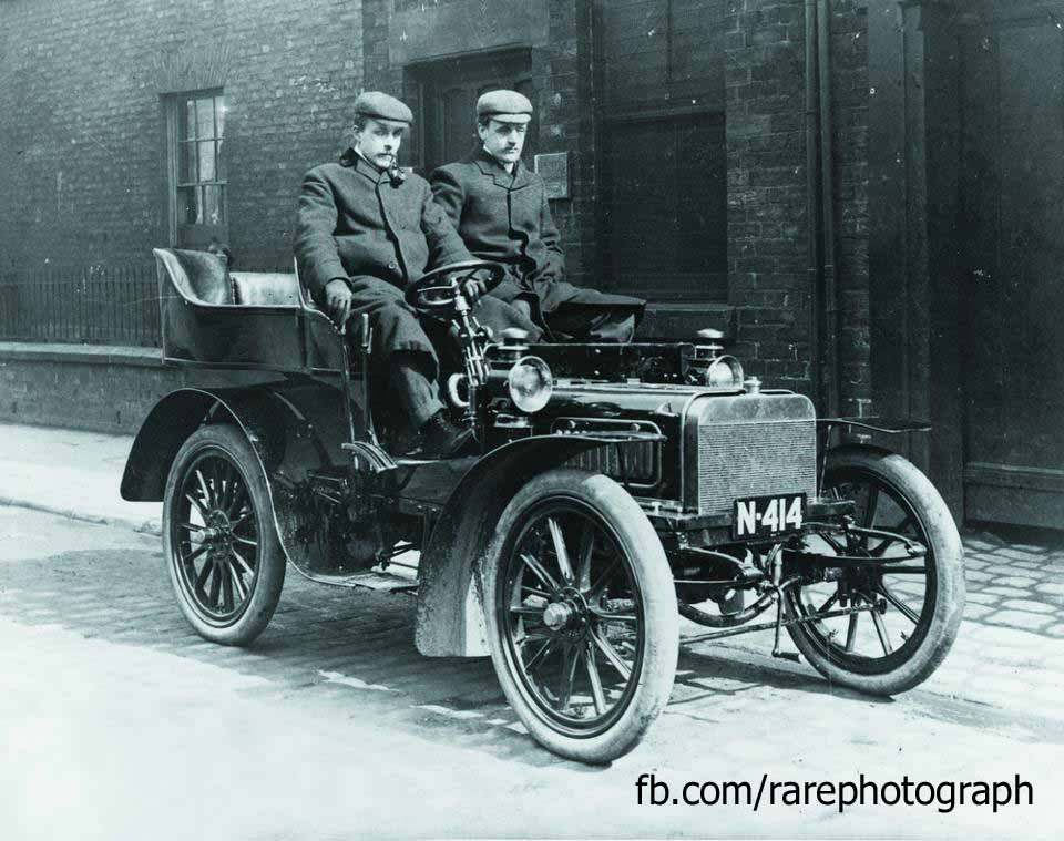 Rare Photograph: Rolls-Royce first model car in 1904