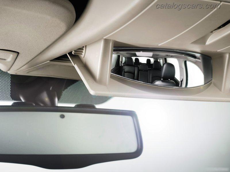 صور سيارة فيات فريمونت 2012 - اجمل خلفيات صور عربية فيات فريمونت 2012 - Fiat Panda Photos Fiat-Freemont-2012-27.jpg