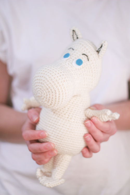 Moomin amigurumi free pattern by The Sun and the Turtle