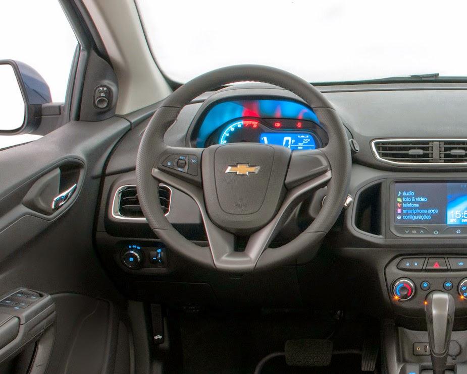 Chevrolet Onix 2015 painel acabamento interno