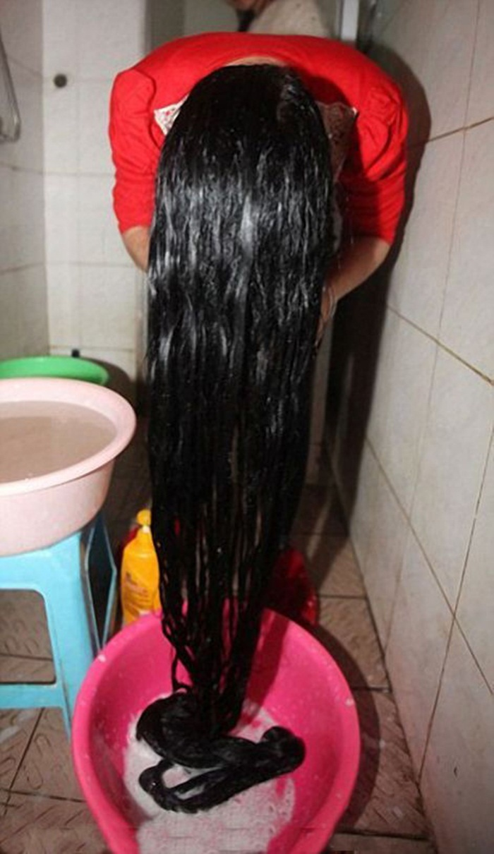 Chines Girl world,s longest hair photoes