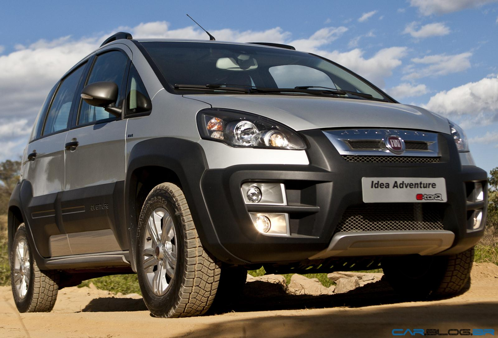 Fiat idea 2013 fotos pre o e especifica es t cnicas for Paragolpe delantero fiat idea adventure