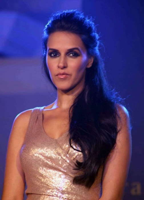 bollywood neha dhupia actress pics