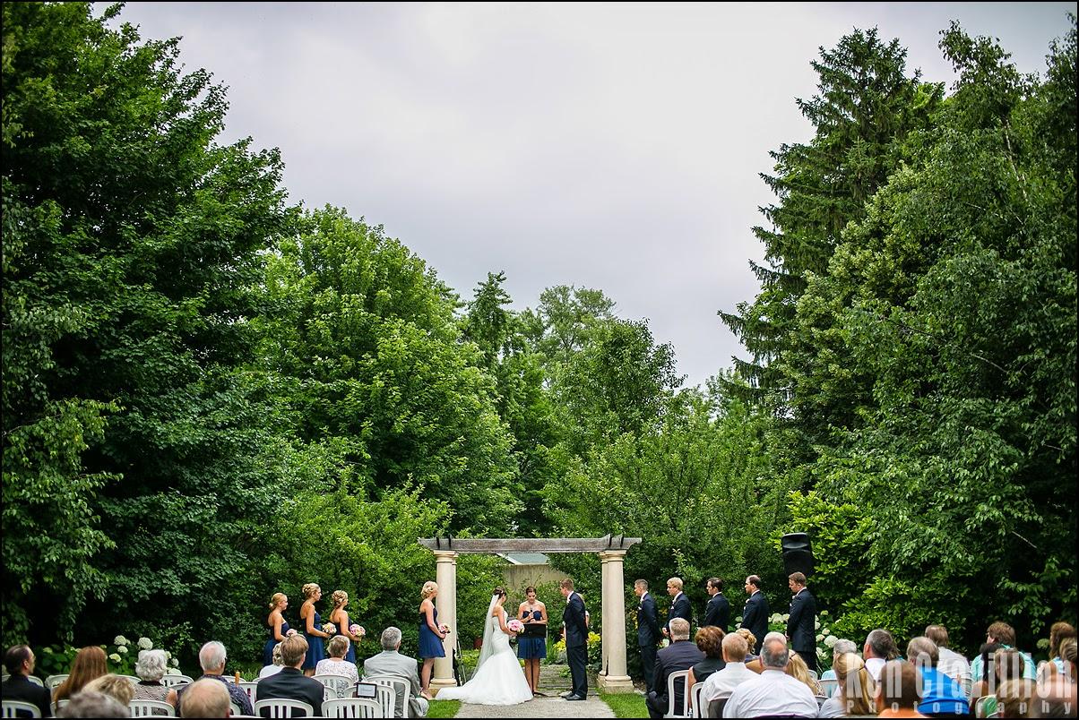 Ken Cravillion Photography Oshkosh Wedding Photography Paine Art Center And Gardens Wedding