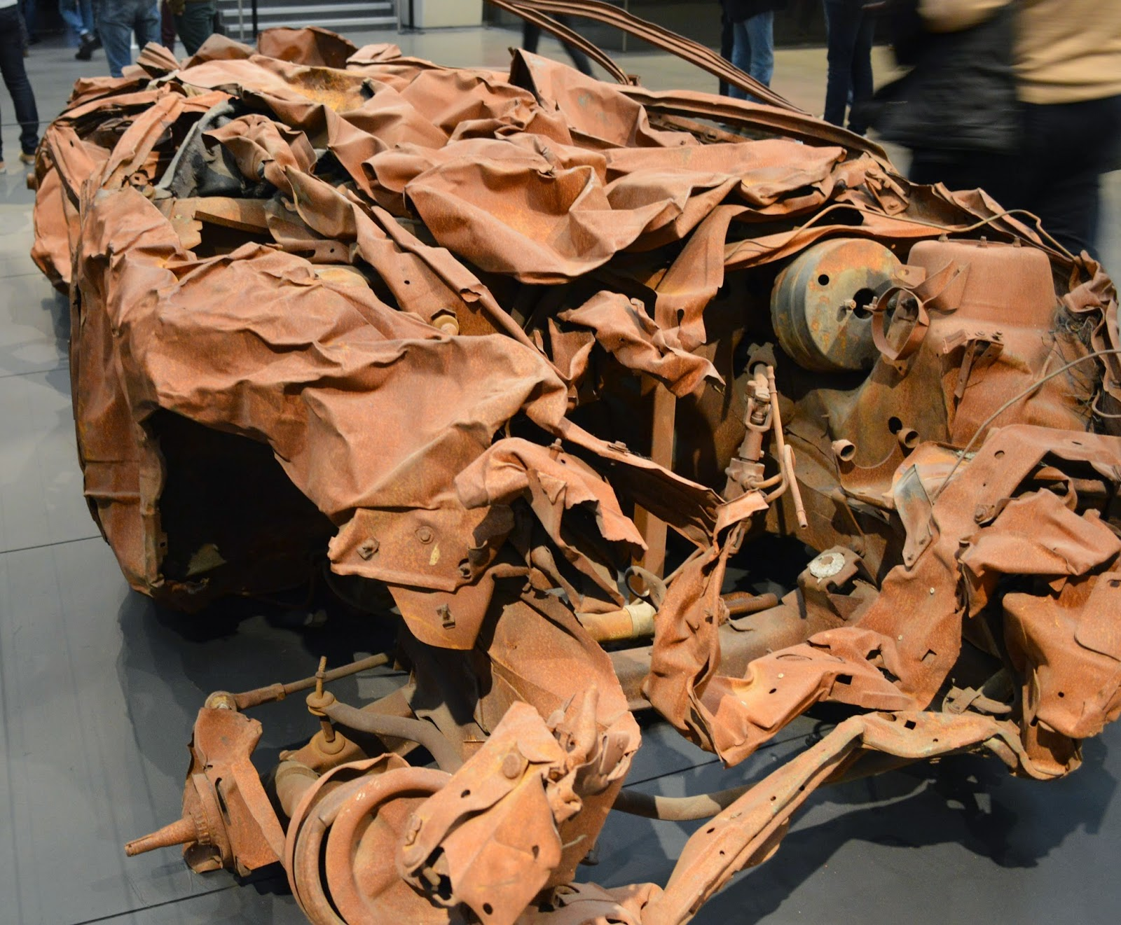 car bombing, suicide attack, Iraq, Baghdad, what a car look like after,
