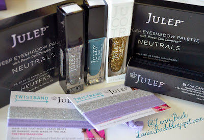 http://laniebuck.blogspot.com/2013/12/julep-maven-december-2013-box-review.html