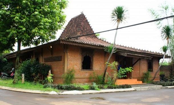 Desain Rumah Joglo Klasik Dan Asri