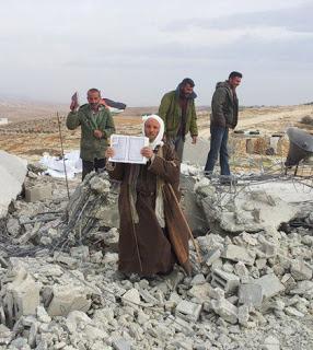 Al-Qur'an Tidak Hancur Setelah Di Gilas Buldozer Israel