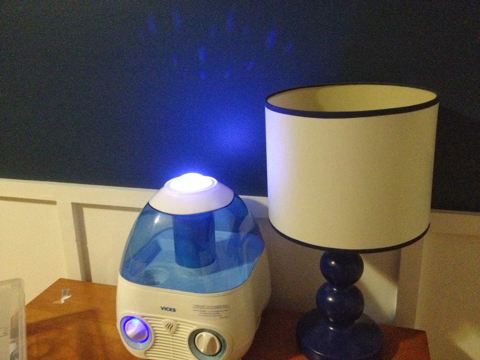 like that you can turn the projector on separately from the humidifier  #2434A7