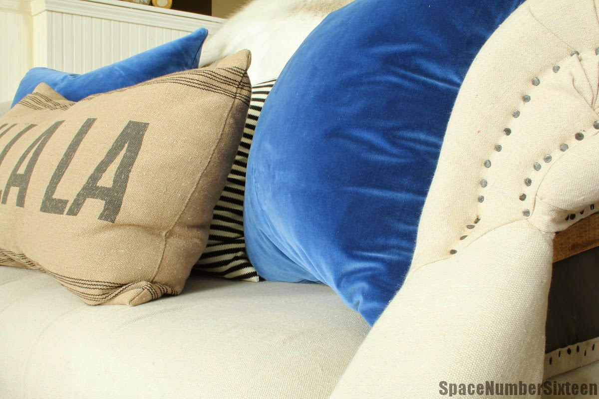 blue velvet pillow decor