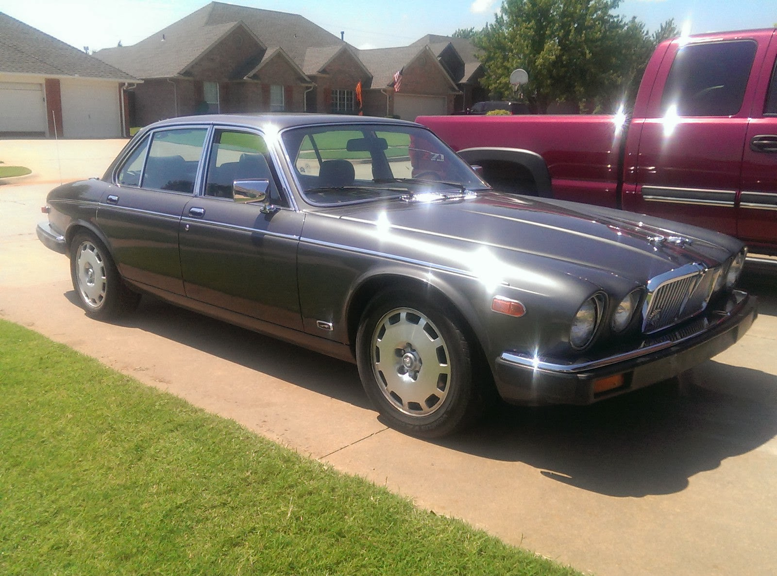 Marvelous Daily Turismo: 2k: Luxury And Reliability: 1985 Jaguar XJ Vanden Plas,  Chevy V8