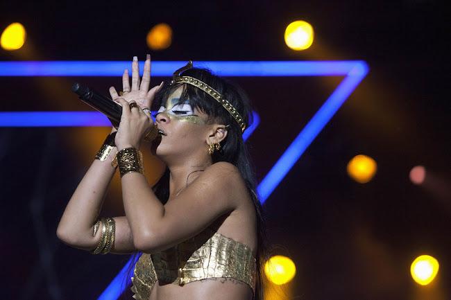 Rihanna Performing at  Benefit gig in New York 2012
