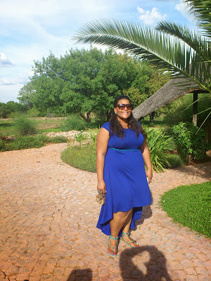 the look, whitney greyton, curvy fashion, summer looks, blue dress