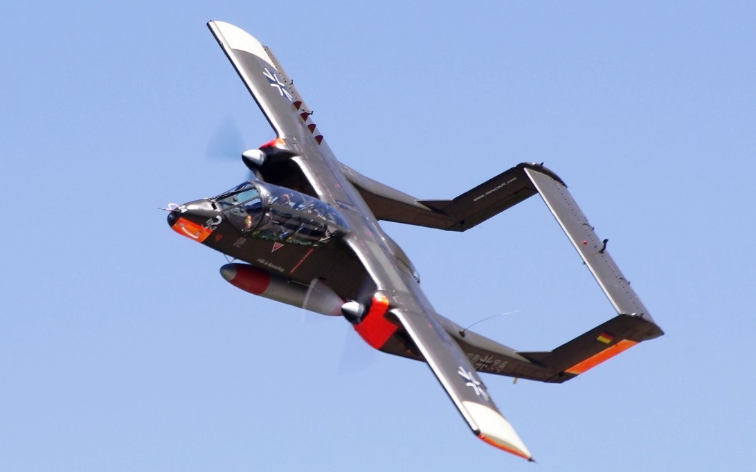 Pesawat tempur OV-10 Bronco - 1