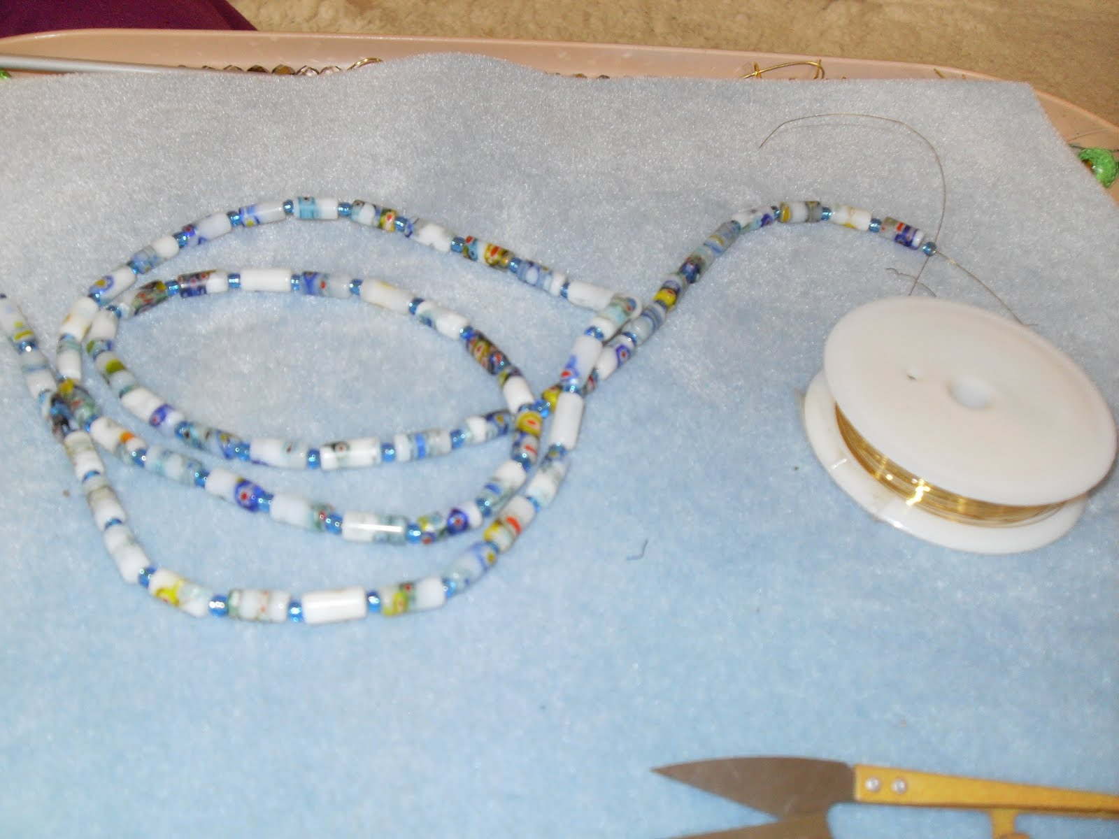 Crafty Carols Crafty Adventures: knitting wire necklace