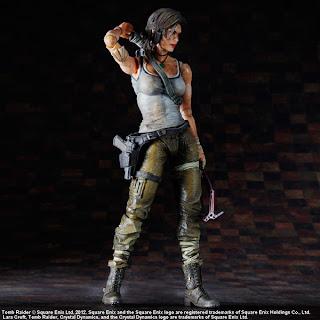Square Enix - Play Arts Tomb Raider Lara Croft Figure