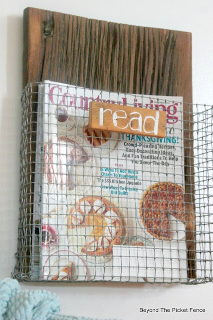 wire, magazine, chicken wire, industrial, reclaimed wood, DIY, project challenge, http://bec4-beyondthepicketfence.blogspot.com/2015/08/project-challenge-chicken-wirescreen.html