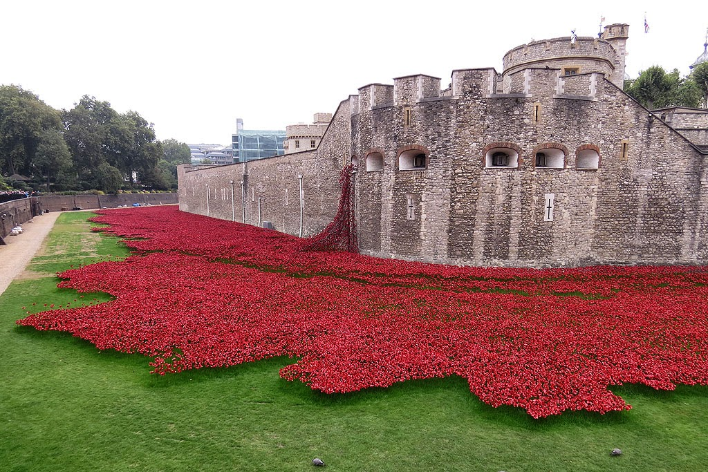 Blood Swept Lands and Seas of Red by Tom Piper and Paul Cummins, Tower of London, London