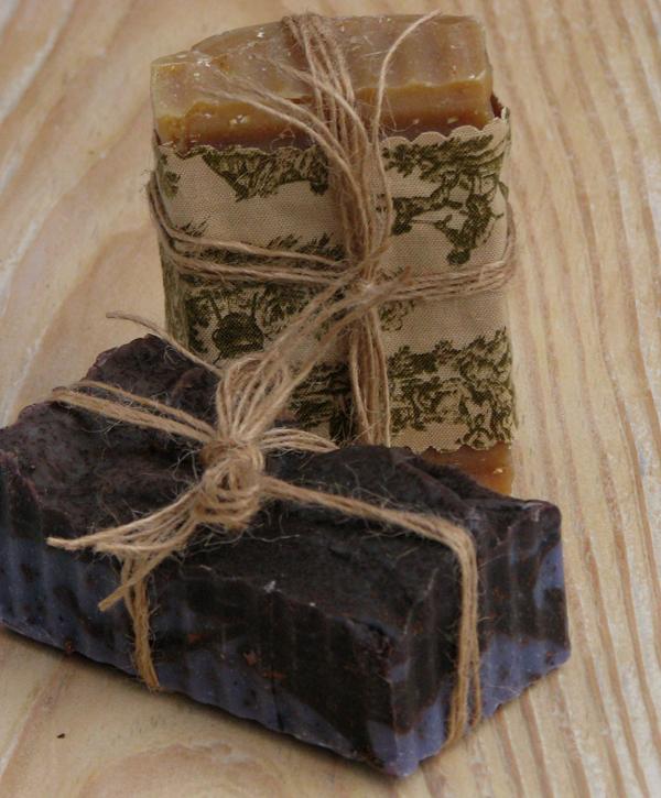 detalle para decorar y regalar jabones artesanales-anudado con hilo lino